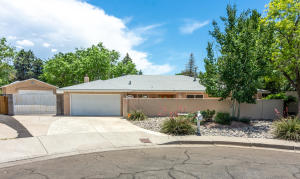 1600 HIAWATHA Drive NE, Albuquerque, NM 87112