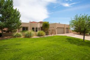 8800 Indian Gold Place NE, Albuquerque, NM 87122