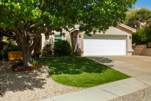 10535 VISTA BELLA Place NW, Albuquerque, NM 87114