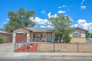 300 GLORIETA Street NE, Albuquerque, NM 87123