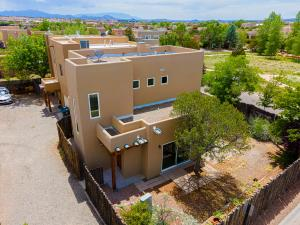 4174 Midnight Owl, Santa Fe, NM 87507