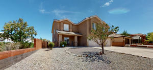 9600 SUNDORO Place NW, Albuquerque, NM 87120