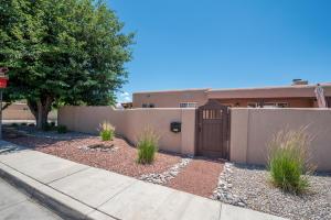 4806 CONSTITUTION Avenue NE, Albuquerque, NM 87110