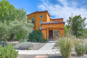 5731 Witkin Street SE, Albuquerque, NM 87105