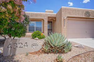 4324 67TH Street NW, Albuquerque, NM 87120