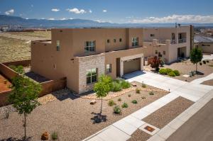 7916 TEABERRY Road NW, Albuquerque, NM 87120