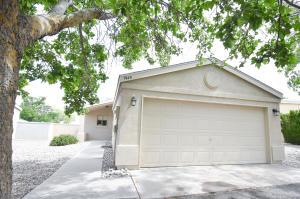 1940 Lee Loop NE, Rio Rancho, NM 87144