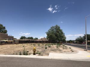 7501 Corte Dorada NW, Albuquerque, NM 87120