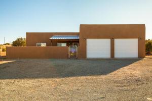 22 CALLE MILPA, Santa Fe, NM 87507