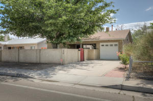 338 WASHINGTON Street NE, Albuquerque, NM 87108