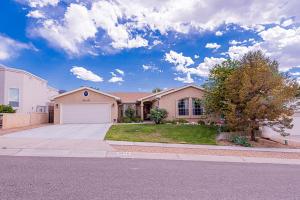 9672 REDMONT Road NE, Albuquerque, NM 87109
