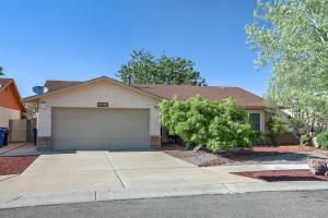 4615 Periwinkle Court NW, Albuquerque, NM 87120