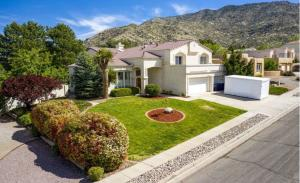 13621 INDIAN SCHOOL Road NE, Albuquerque, NM 87112