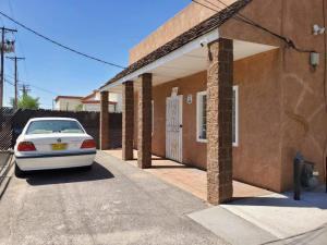 131 ALCAZAR Street NE, Albuquerque, NM 87108