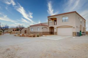 6714 OERSTED Road NE, Rio Rancho, NM 87144