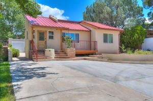 310 DARTMOUTH Avenue SE, Albuquerque, NM 87106