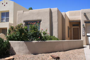 10819 CHICOBUSH Drive NW, Albuquerque, NM 87114