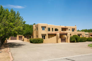 4682 LOS POBLANOS Circle NW, Los Ranchos, NM 87107