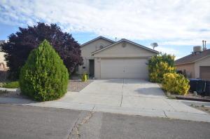 11109 Hackamore Avenue SW, Albuquerque, NM 87121