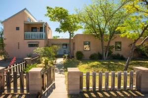 3620 Monte Vista Boulevard NE, Albuquerque, NM 87106