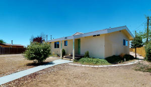 9701 SOMBRERO Loop NE, Albuquerque, NM 87113