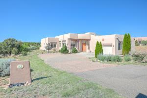 83 E CHILI LINE Road, Santa Fe, NM 87508