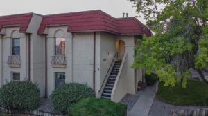 803 COUNTRY CLUB Drive SE, 2E, Rio Rancho, NM 87124