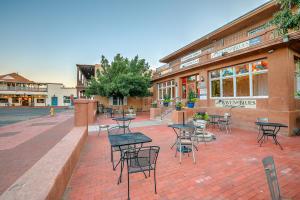 205 ROMERO Street NW, Albuquerque, NM 87104