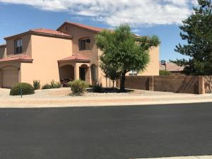 6815 GLENLOCHY Way NE, Albuquerque, NM 87113