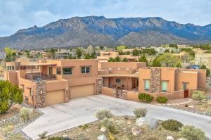 13305 Pino Ridge Place NE, Albuquerque, NM 87111