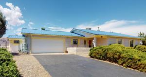 656 Karen Lane SE, Rio Rancho, NM 87124