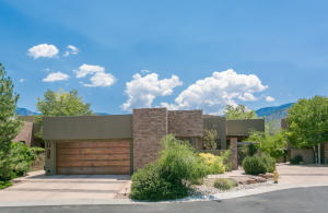 6300 GHOST FLOWER Trail NE, Albuquerque, NM 87111