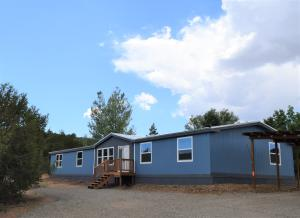 3 HUMMINGBIRD Lane, Edgewood, NM 87015