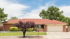9405 LAYTON Avenue NE, Albuquerque, NM 87111