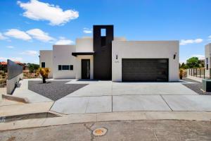 439 NARCISSUS Place SE, Albuquerque, NM 87123