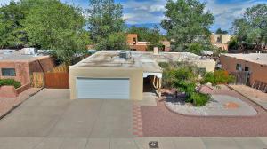 5404 Valle Vista Drive NW, Albuquerque, NM 87114