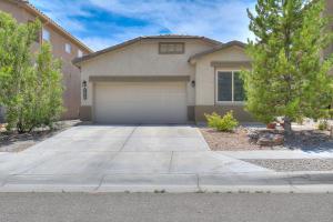 7052 TEMPE Avenue NW, Albuquerque, NM 87114