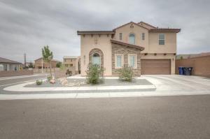 8828 BERNAL Court NE, Albuquerque, NM 87113