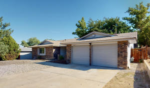 6617 ESTHER Avenue NE, Albuquerque, NM 87109