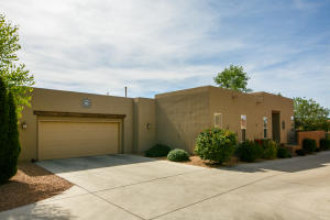 5312 Sacate Avenue NW, Albuquerque, NM 87120