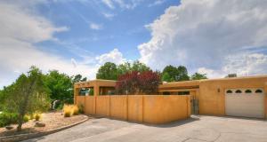4419 JOE DAN Place NE, Albuquerque, NM 87110