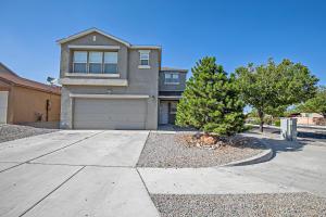 8901 HATTERAS Place NW, Albuquerque, NM 87121