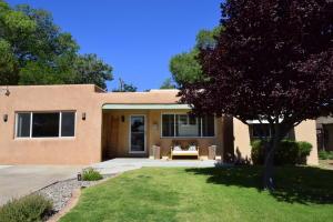 909 Adams Street SE, Albuquerque, NM 87108