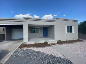 304 WASHINGTON Street NE, Albuquerque, NM 87108