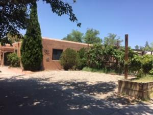 637 JEFFERSON Street NE, Albuquerque, NM 87110