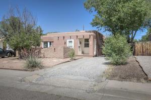 1332 VASSAR Drive NE, Albuquerque, NM 87106