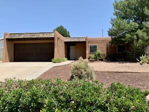 840 EASTRIDGE Drive NE, Albuquerque, NM 87123