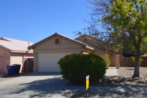 4432 Loren Avenue NW, Albuquerque, NM 87114