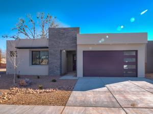 2720 PUERTA DEL BOSQUE Lane NW, Albuquerque, NM 87104