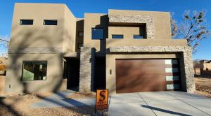 2736 PUERTA DEL BOSQUE Lane NW, Albuquerque, NM 87104